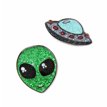 Out Of This World Pin Set