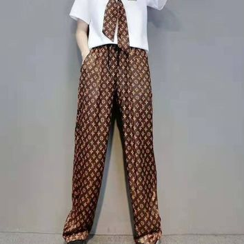 """""""LOUIS VUITTON"""" Woman's Leisure  Fashion Letter Printing Spell Color Short Sleeve Trousers Three-Piece Set Casual Wear"""