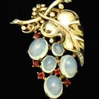 TRIFARI 1945 STERLING 18K Gold Plated Moonstone Cabochon Grapes Fur Clip Pin