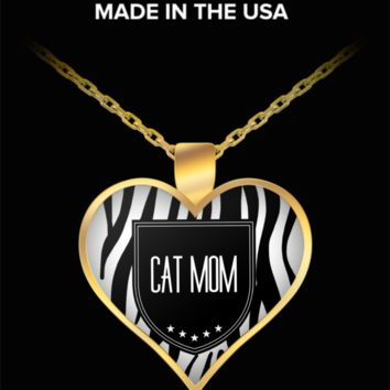Cat Mom Necklace - Proud Cat Mom - Heart Shaped Gold Plated Cat Mom Jewelry Pendant & Chain Fits All - World's Best Cat Mom - Funny Gifts For Cat Lover Person Wife Husband Mom Dad Mother's Father's Day Women Men Christmas New Years Valentine's Day Heart