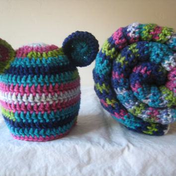 Baby Girl Gift Set, Jazz Stripe Baby Blanket and Baby Bear Hat Set Crochet