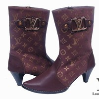 LV Louis Vuitton Fashion Leather Pointed Toe Heels Shoes