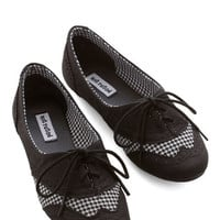 ModCloth Menswear Inspired Studious Style Flat in Black