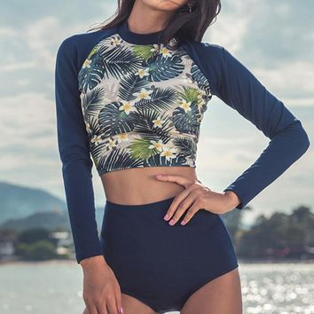 Korean Style New Women Sexy Swimsuit Two Pieces Long sleeves Print Surf Wear Sunscreen Beach clothes female Swimwear With padds