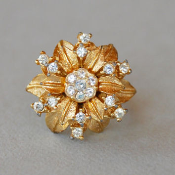 Vintage PARK LANE Clear Rhinestone Ring Statement Cocktail Floral Design Gold Tone 1960's Size 5 1/2 // Vintage Designer Costume Jewelry