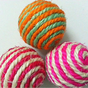 Cute Dog Cat Kitten Pet Teaser Sisal Rope Weave Ball Play Chewing Catch Toy USLS