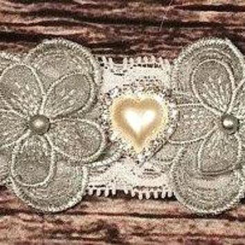 Baby Headband! Beautiful Baby Girl Headband! Silver Pearl Flowers with Pearl and Rhinestone Heart on White Lace! Infant. Newborn. Fancy
