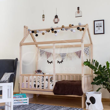 House bed, bed house, kid's nursery bed, wooden house bed, Montessori nursery, toddler bed, frame bed, bunk bed, gift, children bed wood bed