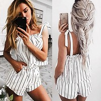 Fashion Casual Stripe Sleeveless Knotted Strap Tops Shorts Set Two-Piece
