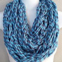 Ocean Blues Twisted Yarn Arm Knitted Infinity Scarf Pretty Blue Toned Arm Knit Girls Scarf Womens Arm Knitted Circle Scarves Knitted Scarves