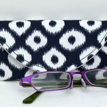 Fabric Eyeglass Case Magnetic Closure Blue White Ikat