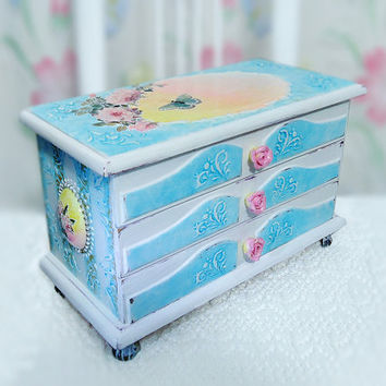 Big Shabby Shic Jewelry box,  Hand Decorated Trinkets Box, Distressed turquoise box, box with roses and butterfly, pink white blue yellow