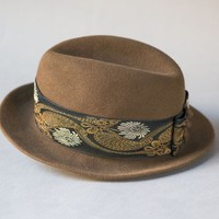 Brown floral fedora unisex Mayser. Vintage felt wool fedora. German fedora retro. Fedora for women or teen. Very small head hat boho fedora
