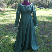 Custom Susan Pevensie Inspired Dress, Narnia Costume, Celtic Elven Woodland Fantasy Medieval, Linen, Women's Halloween, Forest Green Dress
