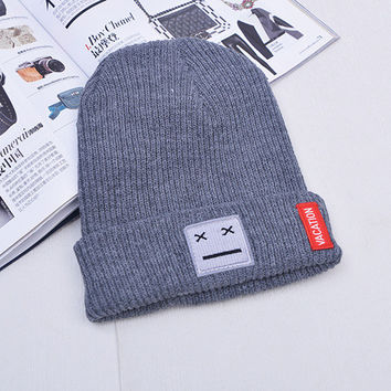 Patch Smiley Face Beanie Knitted Womens & Mens Vacation Sus Face Spring Autumn Winter Warm Gray Cuffed Skully Hat