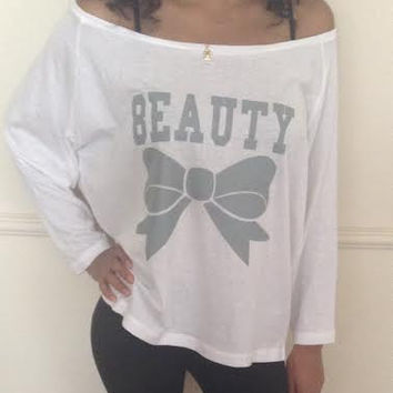 Free/Fast  Shipping for US Beauty Off the Shoulder long sleeve loose shirt.