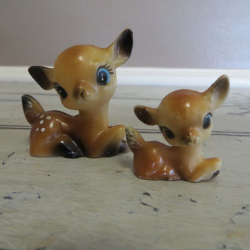 Plastic Deer Made in Hong Kong Vintage Small Doe Spotted Deer Miniature Deer Woodland Decor Rustic  Small Deer Set of Two Deer Forest Decor