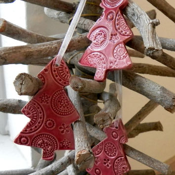 Ceramic Christmas Ornaments Cherry Red Lace Christmas Tree Ceramic  Winter Home Decoration Gift Set of 3