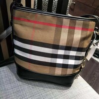 HCXX 19Aug 474 Burberry Classic Canvas Plaid Fashion Large Capacity Bucket Bag