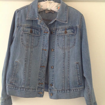SALE!! 80's vintage denim stonewashed jean jacket coat ladies women's