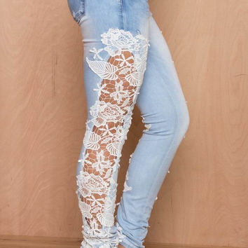 White Floral Crochet Side Patch Denim Pants