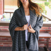 Houndstooth Poncho -  Grey and Black