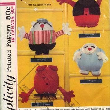1960s Simplicity 5943 Sewing Pattern Vintage Stuffed Toy Going Gonks Dolls Kids Baby Play Toys Retro Uncut