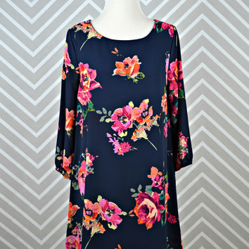 EVERLY: Brushstroke Floral Dress - Navy