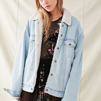 Vintage Sherpa Lined Denim Trucker Jacket | Urban Outfitters