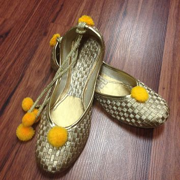 Golden Juti with Laces
