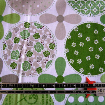 New Quilting fabric BY the YARD, Riley Blake Designs, Polka Dot Stitches Green,100% Cotton, by Lori Holt of Bee in My Bonnet
