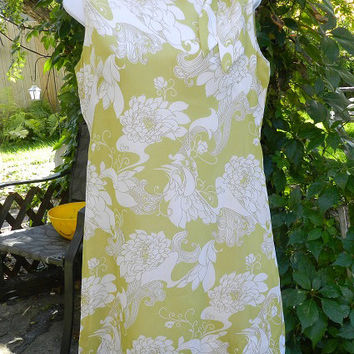 Vintage Sleeveless Wiggle Dress / Green And White Paisley Floral Fabric / Designer Sidgreene Made In England Clothing Fashion Size Small