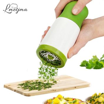 LMETJMA Manual Vegetable Grinder Stainless Steel Pepper Grinder Parsley Chopper Kitchen Utensils KCBI121604