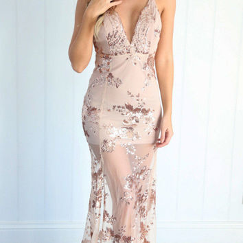 V-Neck Spaghetti Strap Backless Sheer Lace Maxi Dress
