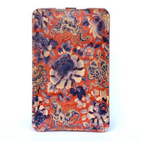 Leather iPhone case / iTouch case - Delicate Embroidery