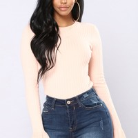Yana Ribbed Bell Sleeve Top - Blush