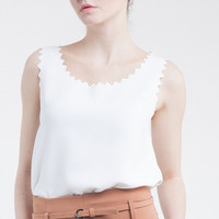 Sleeveless Scallop Trimmed Blouse