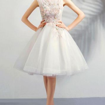 Little White Cocktail Dresses A-line Lace Tulle Flower Crystal Knee Length Transparent