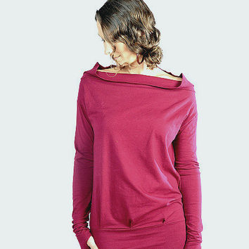Relaxed Long sleeve -Longsleeve shirt-Red long sleeve with thumbholes-red top-yoga long sleeve-wide neck shirt-off the shoulder blouse