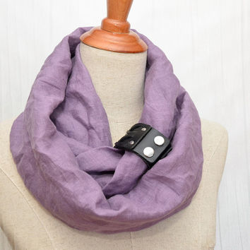 Linen Infinity Scarf. Chunky Scarf. Natural Linen. Pale purple. Black leather cuff.