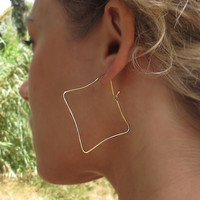 Square Gold Earrings - Handmade Hoop Earrings 2 inch - Geometric Earrings. Modern Earrings. Dainty earrings. Fashion Jewelry for Her. 5 cm