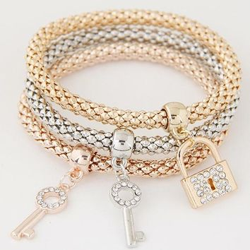 LEMOER 3PCS Gold Color Chain Crystal Key Lock Charm Bracelets Bangles for Women Girl Best Friend Gift Elastic Charm Jewellery
