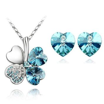 floating heart Crystal Clover 4 Leaf heart Pendant Necklace
