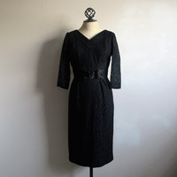 Vintage 50s Lace Wiggle Dress Black Lace Figure Skimming w-Satin Bow 50s Cocktail Evening Dress Small
