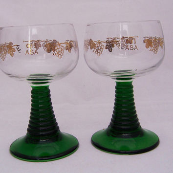 Vintage Green Rib Steam and Gold Leaf Luminarc Wine Glasses, 1960s, France