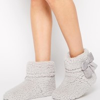 New Look | New Look Neddy Soft Fleece Slipper Boots at ASOS