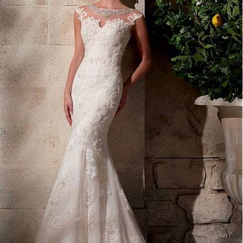 [227.49] Glamorous Tulle Bateau Neckline Natural Waistline Mermaid Wedding Dress With Lace Appliques - dressilyme.com