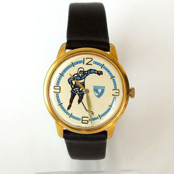 Rare men's watch CHAIKA Hockey. Mechanical gold plated unisex wrist watch 80s. Slim vintage womens watch 17 jewels. Gift for her