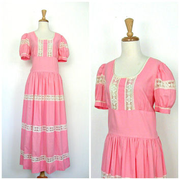 1960s Maxi Dress / 60s dress / pink tea dress / tea length / country wedding dress / cotton sundress / summer fashion / Medium