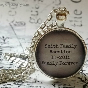 Personalized glass dome necklace, Family Holiday, Family Memories, gift ideas, Family gifts, Christmas, Family Vacation, secret Santa gift